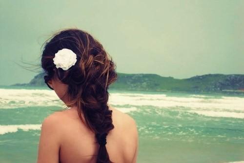 Цветы в волосах: вслед ушедшего лета. Изображение № 2.