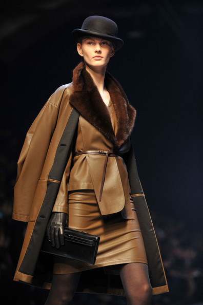 Jean Paul Gaultier for Hermes (fall-winter 2010). Изображение № 7.