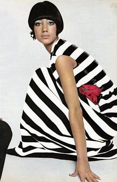 Изображение 24. Мода 60х: макияж.. Изображение № 24.