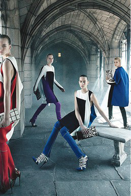 Изображение 1. Превью кампаний: Balenciaga, Hermes и Pucci.. Изображение № 1.