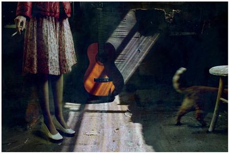 Ноги, гитара, женщина – идеальные натюрморты. Изображение № 5.