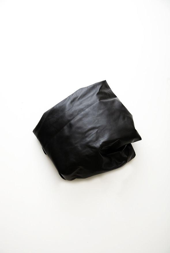 Вещь дня: кожаный топ Maison Martin Margiela. Изображение № 2.