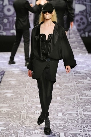 Back to black : Gareth Pugh и Victor&Rolf aw 2010-2011. Изображение № 66.