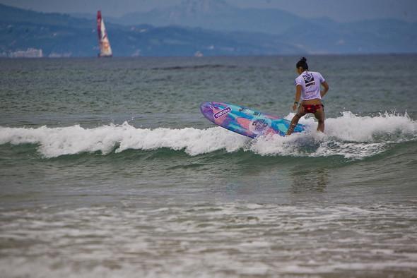 Roxy Jam: почему женский серфинг круче. Изображение № 7.