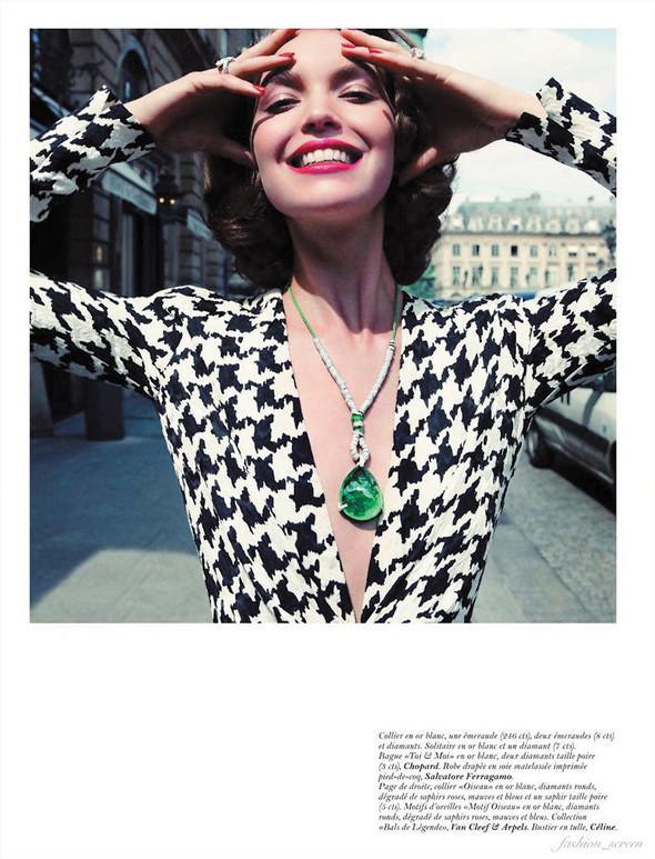 Съёмка: Аризона Мьюз для Vogue. Изображение № 4.