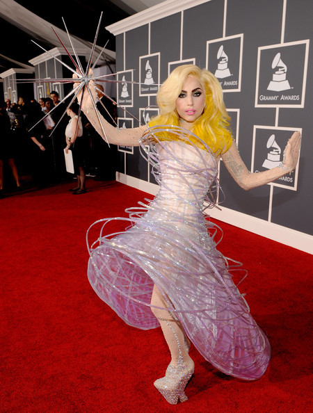 Очередные метаморфозы Lady Gaga. Изображение № 5.