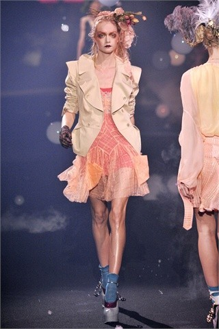 John Galliano Spring-Summer 2010. Изображение № 17.