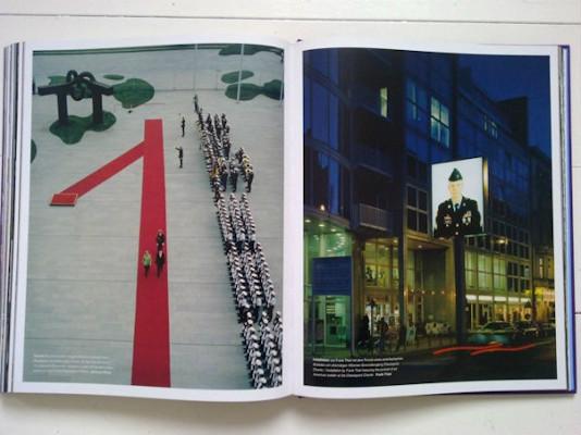 10 альбомов о современном Берлине: Бунт молодежи, панки и знаменитости. Изображение №126.