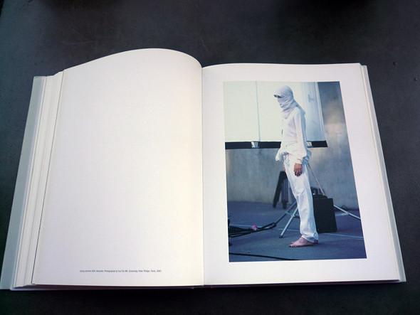 Книги о модельерах. Изображение № 161.