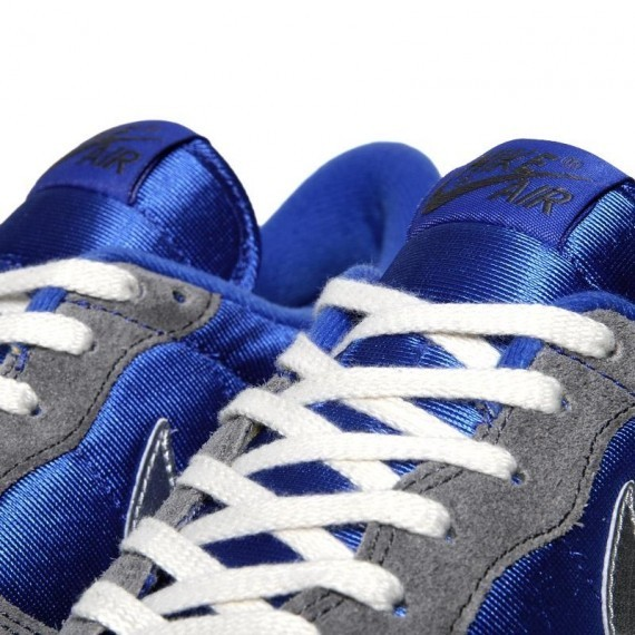 Nike Air Vortex VNTG – Varsity Royal – Metallic Silver. Изображение № 5.