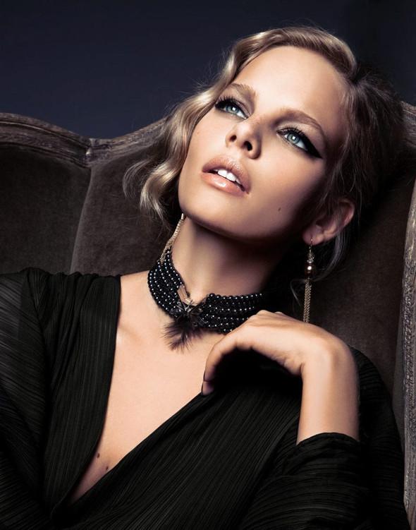 Съёмка: Марло Хорст для Vogue. Изображение № 4.