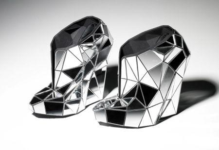 FIT откроют выставку обуви Гаги и Кирквуда. Изображение № 1.