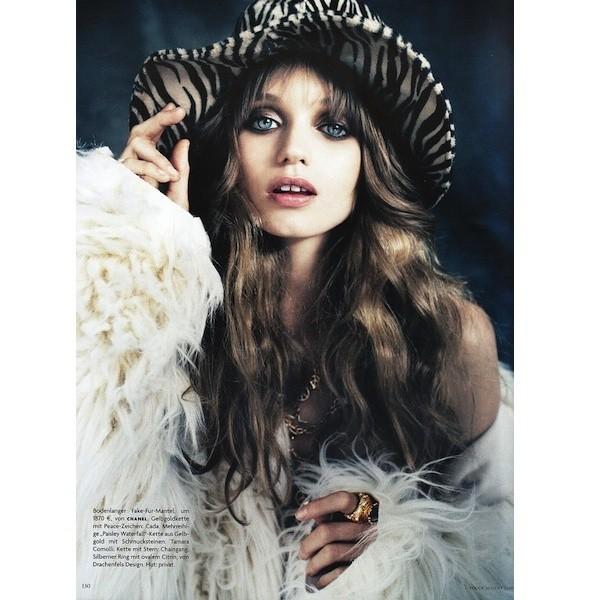5 новых съемок: Dossier, Elle, V и Vogue. Изображение № 37.