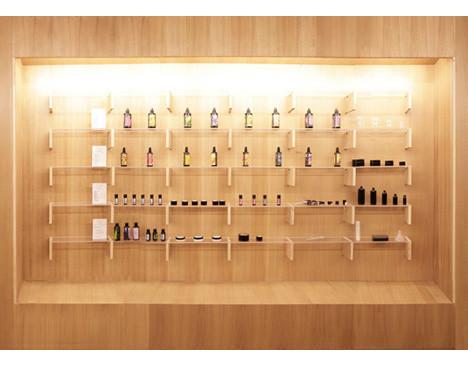 Дизайн-дайджест: Календарь Lavazza, проект Ранкина и Херста и выставка фотографа Louis Vuitton. Изображение № 57.