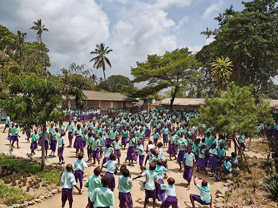 Фото: как выглядят детские площадки вразных странах мира . Изображение № 9.