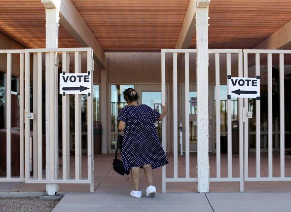 100 лет выборов в документальных фотографиях. Изображение № 146.
