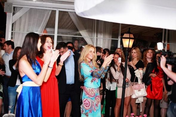 Открытие летней веранды ресторана Балкон с группой Виа Гра!. Изображение № 1.