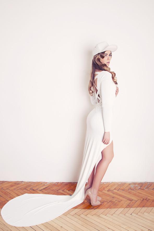 новый формат свадебных платьев - NOT A PRINCESS. Изображение № 4.