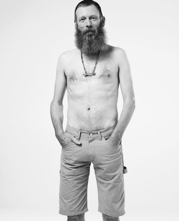 Мужские съёмки: i-D, Interview, FHM и другие. Изображение № 5.