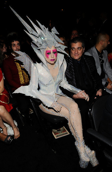 Очередные метаморфозы Lady Gaga. Изображение № 19.