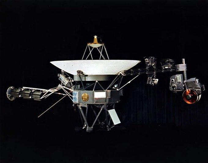 «Вояджер-1» официально покинул Солнечную систему. Изображение № 1.