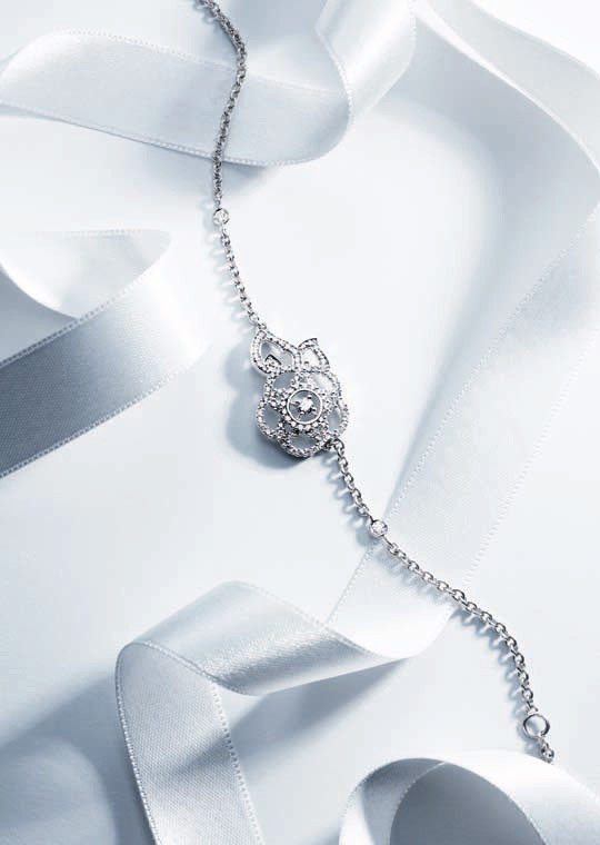 Лукбук: Chanel Haute Joaillerie Holiday 2011. Изображение № 13.