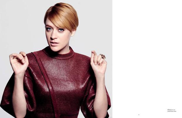 Вышли новые съемки Vogue, i-D, 10 и Interview. Изображение № 13.