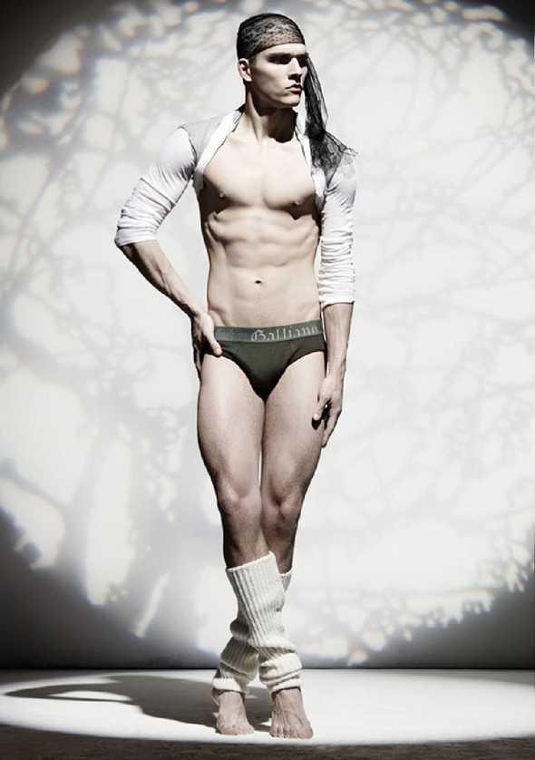 Лукбук: John Galliano Underwear FW 2011. Изображение № 10.