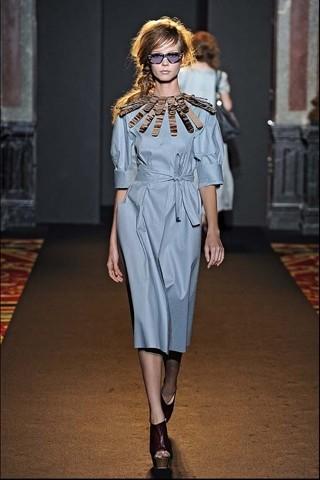 Алена Ахмадуллина на Парижской неделе моды. Изображение № 12.
