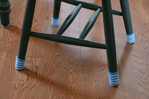 Защитные носки на стулья. Изображение № 2.