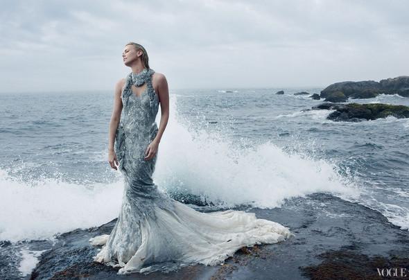 Съёмка: Шарлиз Терон для Vogue. Изображение № 1.