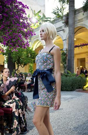 Новости моды: Кутюрная коллекция Dolce & Gabbana, покупка Valentino семьей из Катара и другие. Изображение № 2.