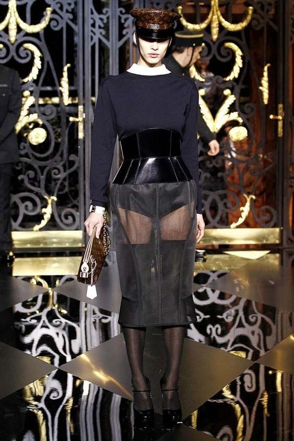Изображение 59. Louis Vuitton Fall 2011.. Изображение № 59.