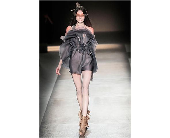 Неделя моды в Париже: Haute Couture. Изображение № 39.