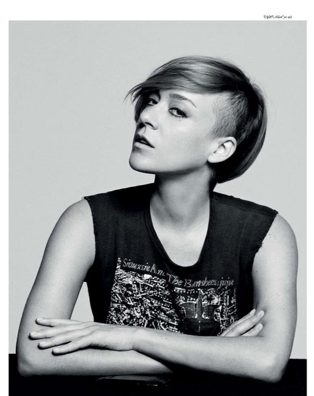 Вышли новые съемки Vogue, i-D, 10 и Interview. Изображение № 14.