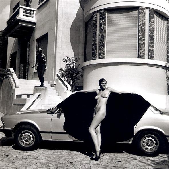 Helmut Newton-гурман женской плоти. Изображение № 22.