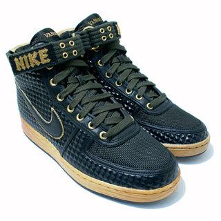 Nike для«металлистов». Изображение № 2.