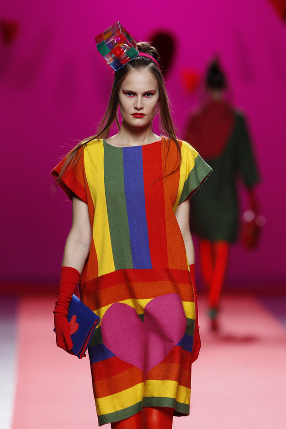 Испанцы Fall Winter 2011/2012: AGATHA RUIZ DE LA PRADA. Изображение № 11.