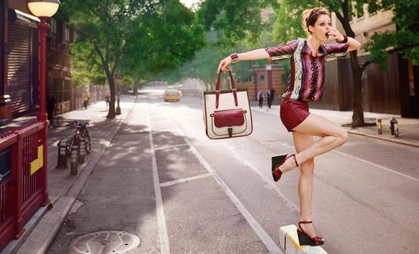 Кампания: Коко Роша и Лииса Уинклер для Longchamp SS 2012. Изображение № 4.