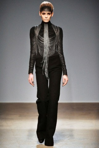Back to black : Gareth Pugh и Victor&Rolf aw 2010-2011. Изображение № 39.