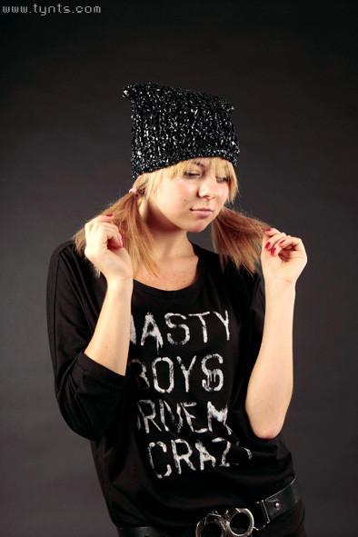 Videotape Hat. Изображение № 6.