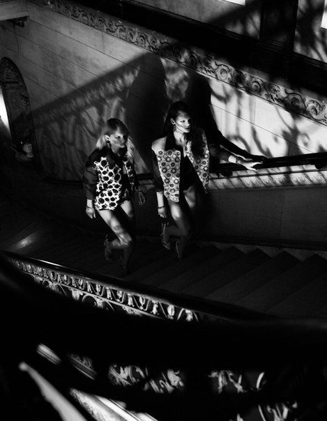 Cьемка: Патрисия ван дер Влиет и Келли Миттендорф для Interview Russia. Изображение № 5.