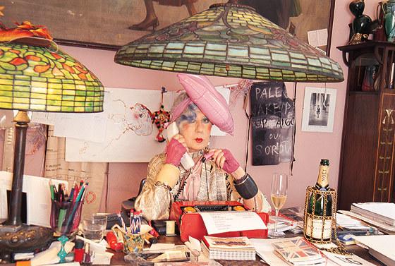 Анна Пьяджи. Модный гардероб. Изображение № 2.