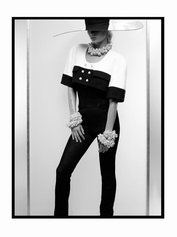 A.P.C., Chanel, MM6, Mother of Pearl, Paule Ka и Yang Li выпустили новые лукбуки. Изображение № 31.