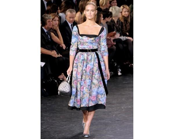 Можно все: Модели на показе Louis Vuitton. Изображение № 1.