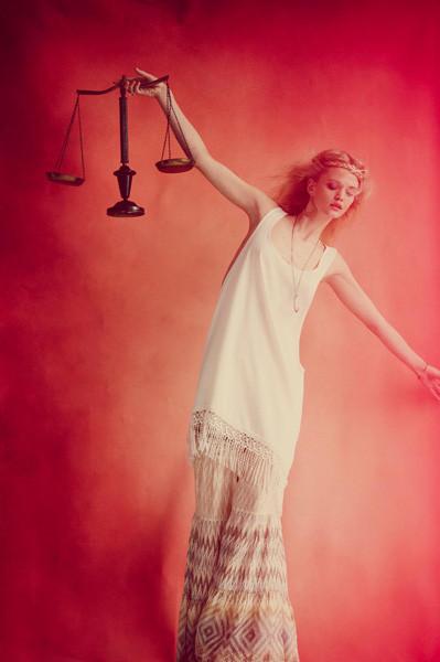 Лукбуки: COS, Free People и Sultanna Frantsuzova. Изображение № 8.