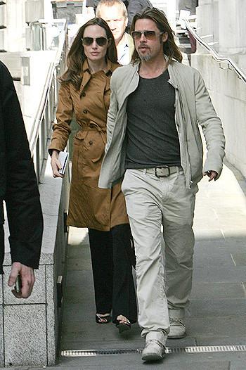 Анджелина Джоли и Брэд Питт приобщаются к культуре. Изображение № 2.
