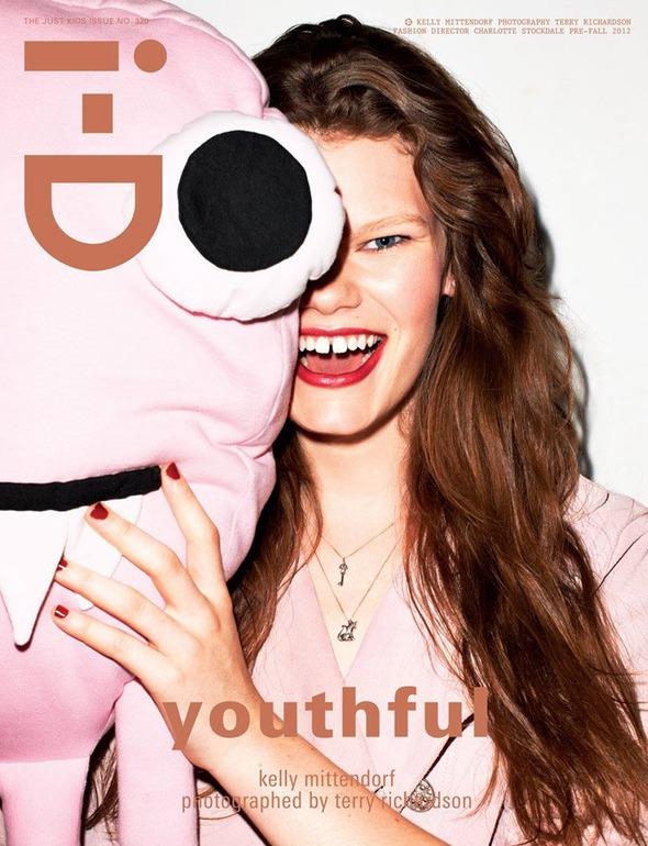 Под прикрытием: Новые обложки Dansk, i-D, Richardson, Surface, Vogue. Изображение № 3.