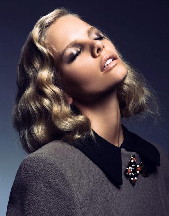 Съёмка: Марло Хорст для Vogue. Изображение № 3.