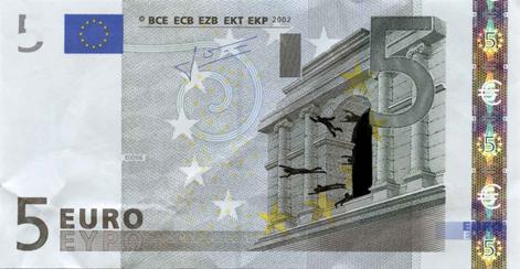 Художник в знак протеста изрисовал банкноты на 3555 евро. Изображение № 25.